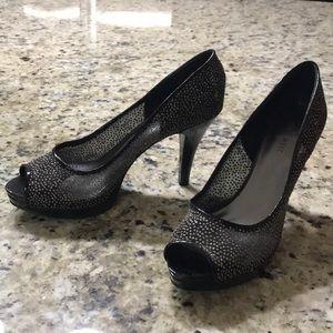 Black/silver glitter peep toe heel